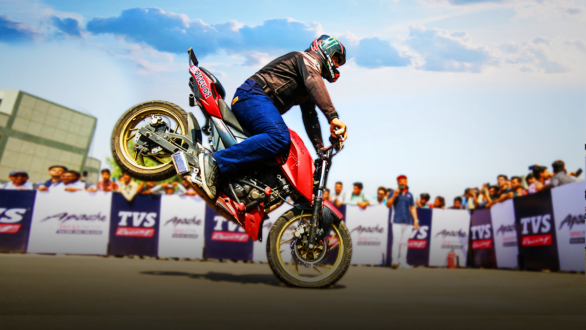 Stunt Riding: What it Takes? An Aspiring Professional's Guide